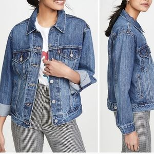 LEVI'S Denim Ex-Boyfriend Trucker Jacket NWT